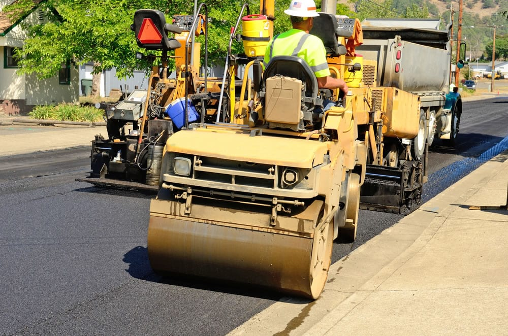 How Asphalt Companies Install New Pavement from Start to Finish